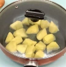 creamy garlic mashed potatoes step 4